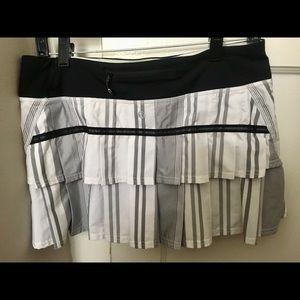 100% authentic lululemon Tennis scort skirt.